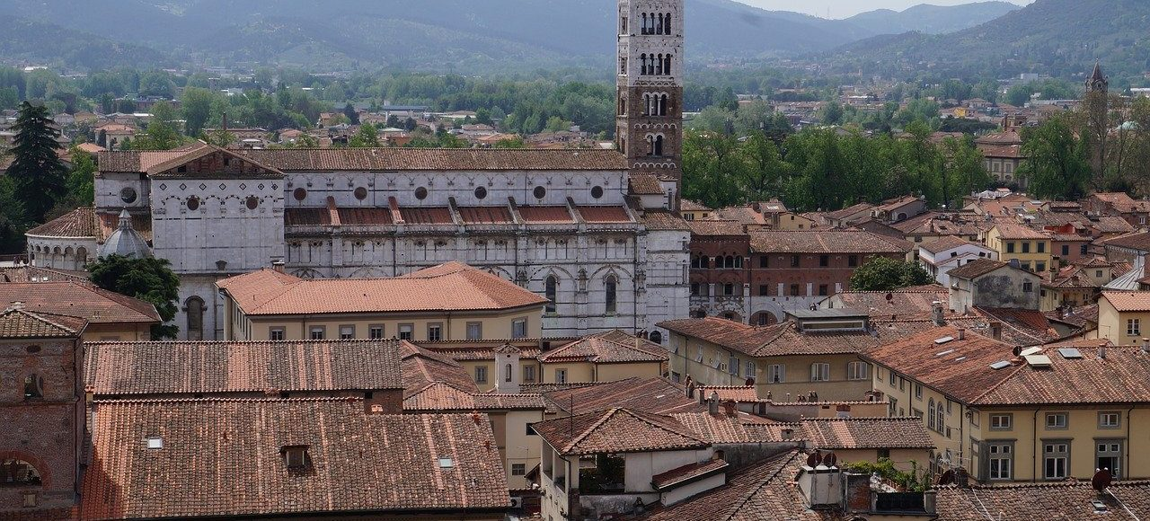 02-Lucca